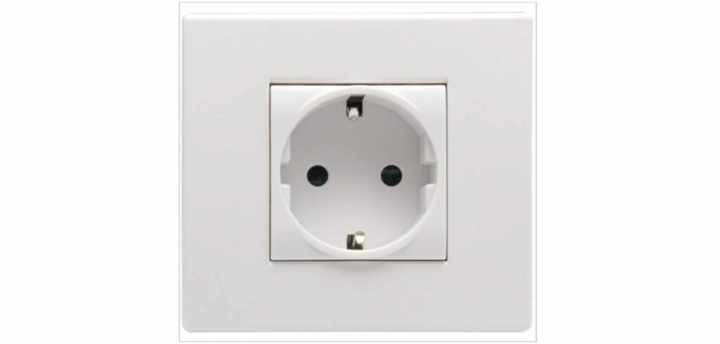 The type of electrical socket used in Greenland - the standard European plug
