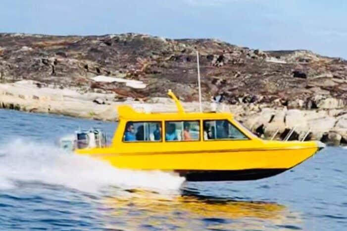 Boat charter | Closed Boat | Qasigiannguit | Disko Bay