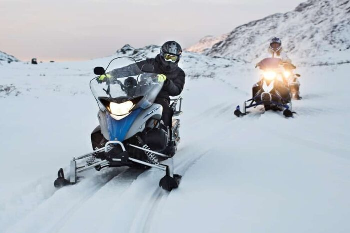 Learn to ride a Snowmobile | Sisimiut