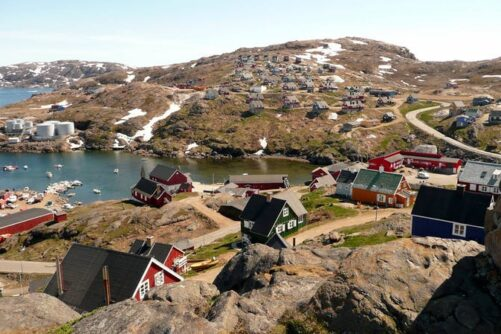 City tour and hike to the flower valley | Tasiilaq | East Greenland