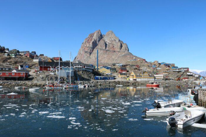 City walk | Uummannaq | North Greenland