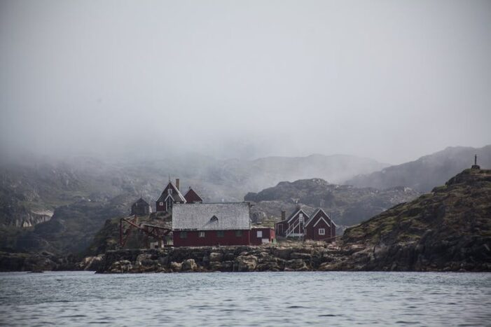 Bådtur til spøgelsesbygd | Sisimiut | Vestgrønland