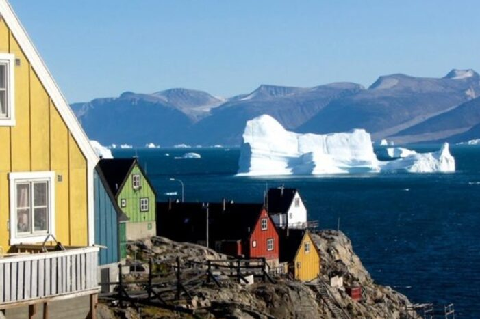 Glacier Cruise | Uummannaq | North Greenland