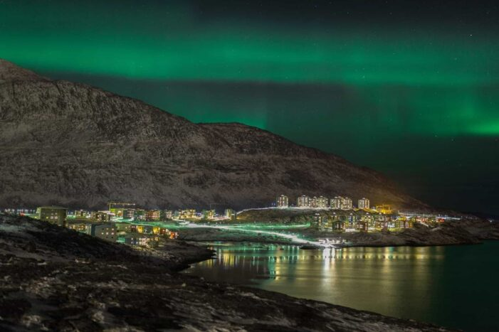 Northern Lights Private Boat Tour | Nuuk