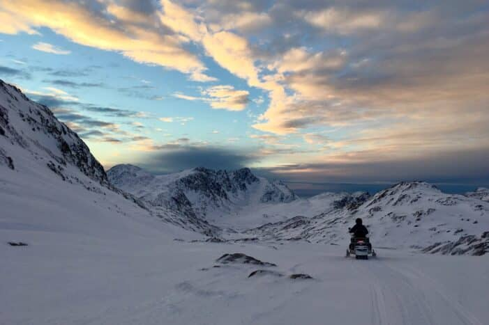 Snowmobile Backcountry Tour – Sisimiut