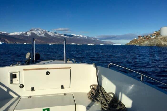 Transport to Qaarsut | Uummannaq | North Greenland
