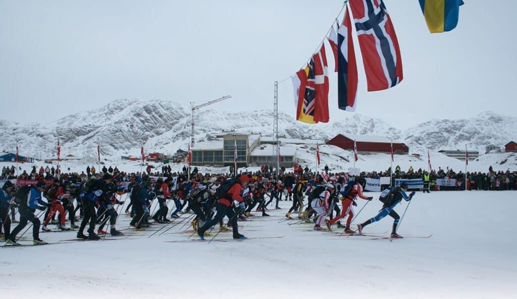 Beginning of Arctic Circle Race