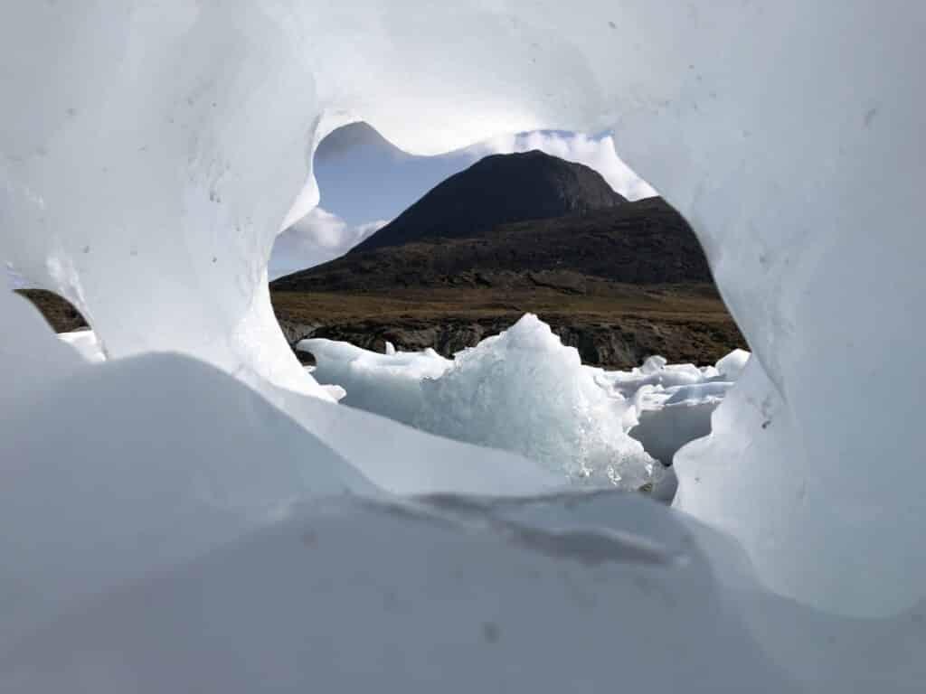 Iceberg near Kapisillit