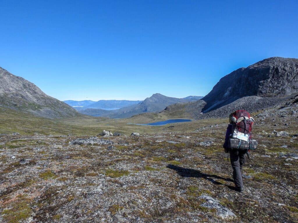 Woman hiking from Kapisillit to Qooqqut