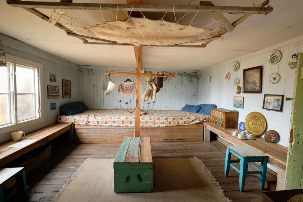 Uummannaq turf house