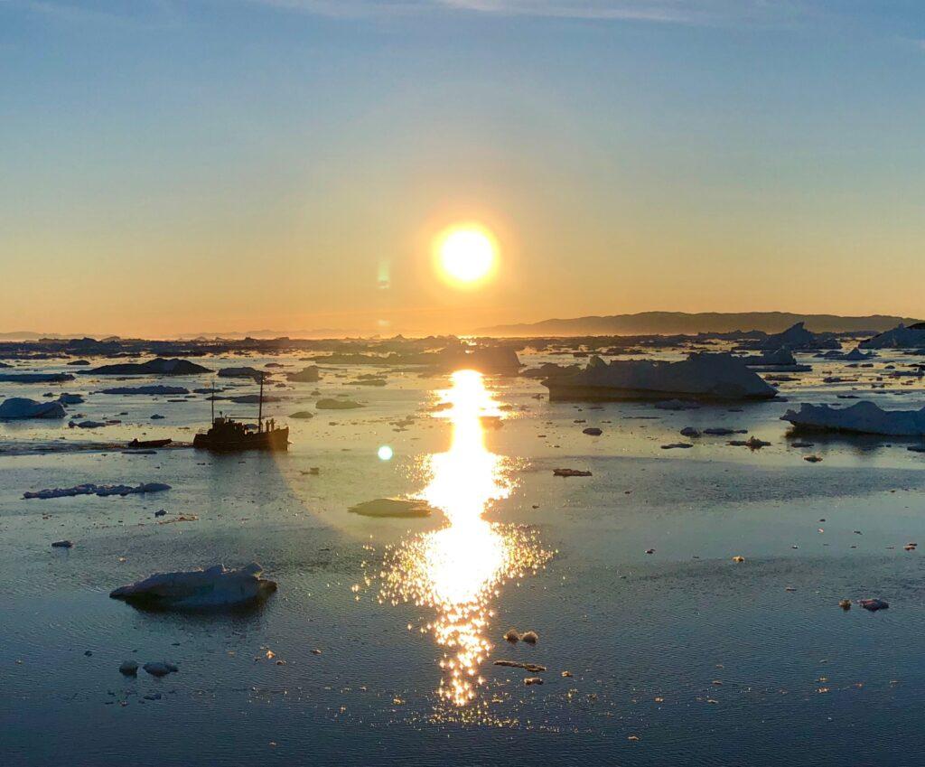 Midnight sun at Ilulissat icefjord