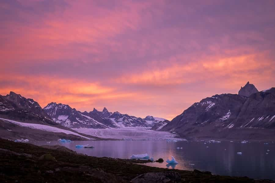 Northern Lights in Greenland – the Midnight Sun