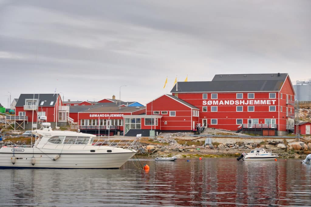 Seamen's Home (Hotel Sømandshjemmet) has a waterside location