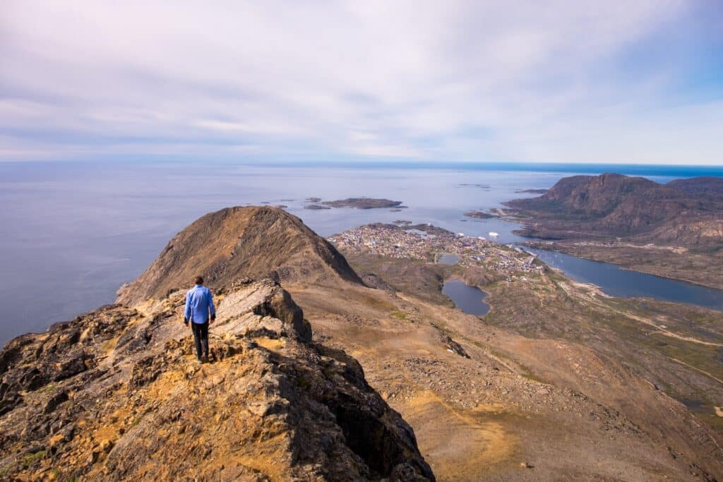 Nasaasaaq Mountain