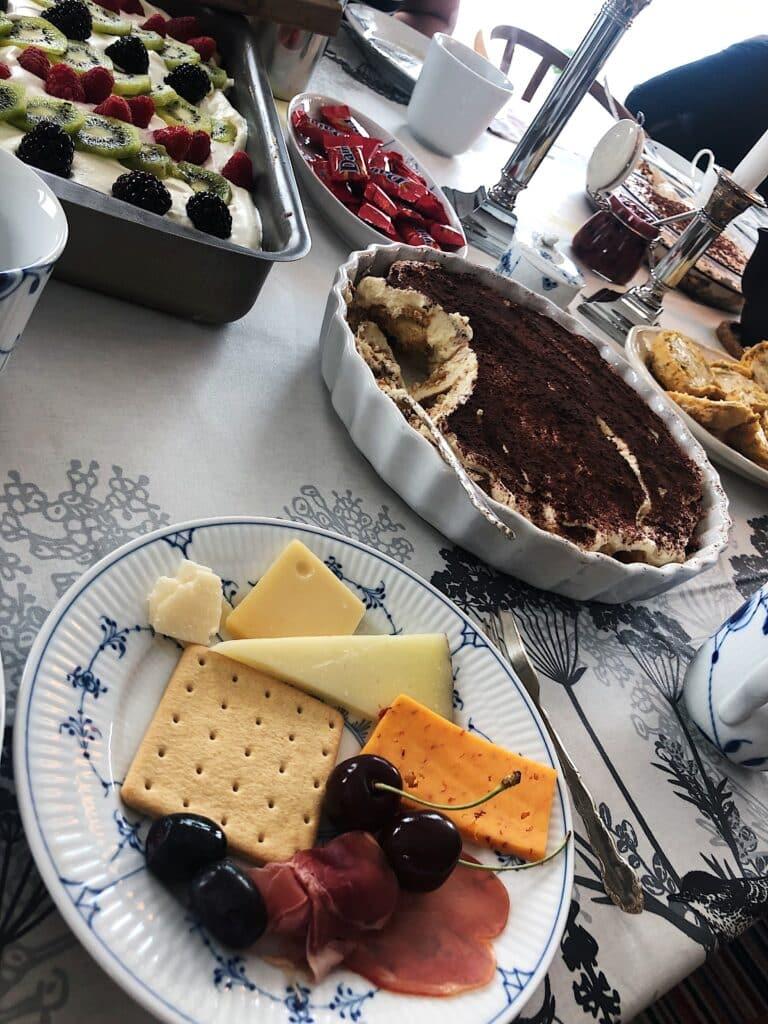 Cheese and cake at kaffemik