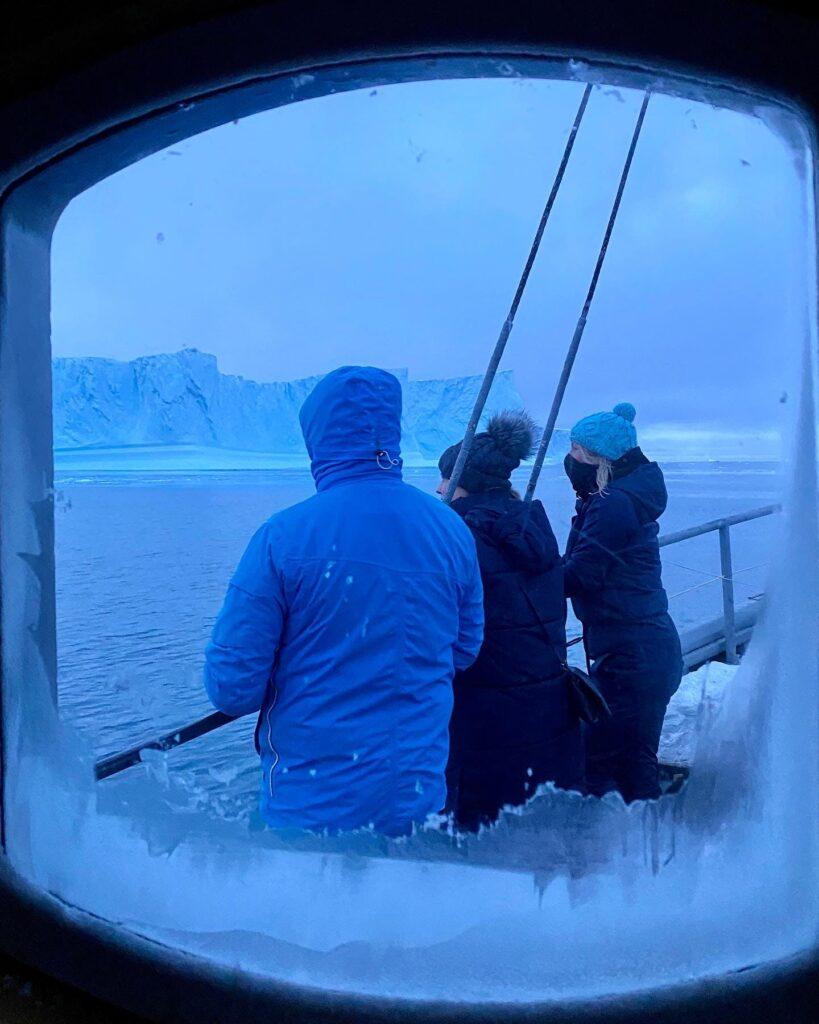 Boat tour in Ilulissat