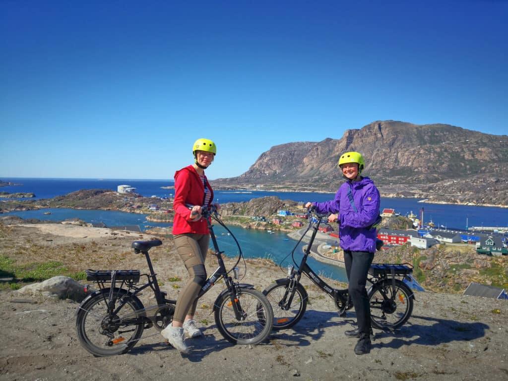 Viewpoints over Sisimiut on an e-bike tour