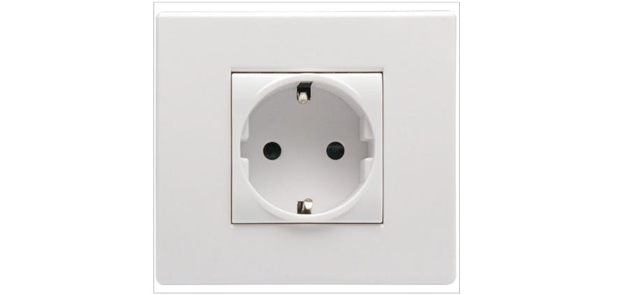 European electrical sockets are used in Greenland