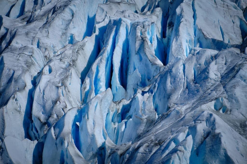Glacier patterns - Eternity Fjord near Maniitsoq - Guide to Greenland