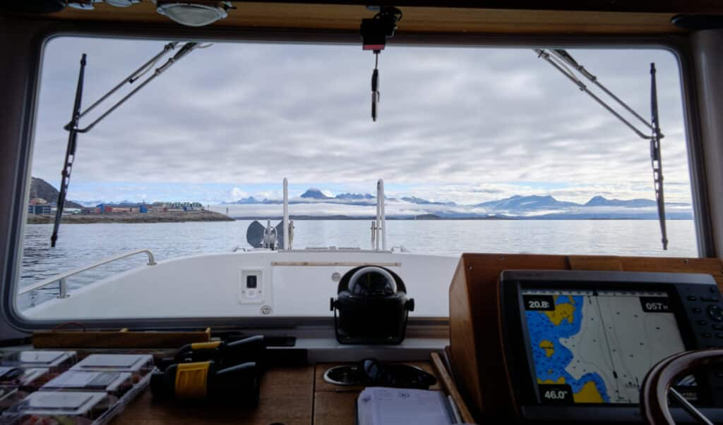 Inside Maniitsoq Tour Boats heading north - Guide to Greenland