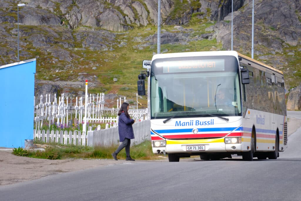 Maniitsoq bus service - Guide to Greenland