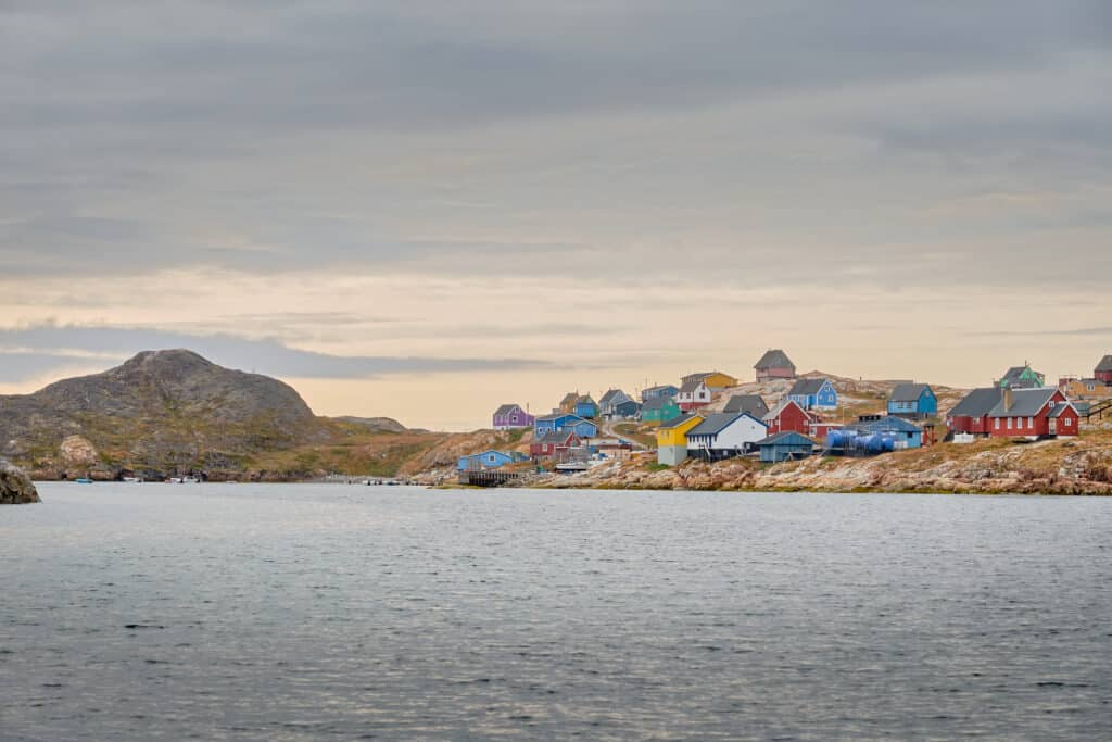 Settlement of Akunnaaq near Aasiaat