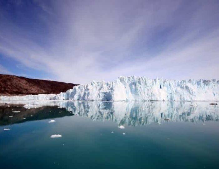 3-days-ilulissat-adventure-ilulissat-disko-bay-day-Guide to Greenland3