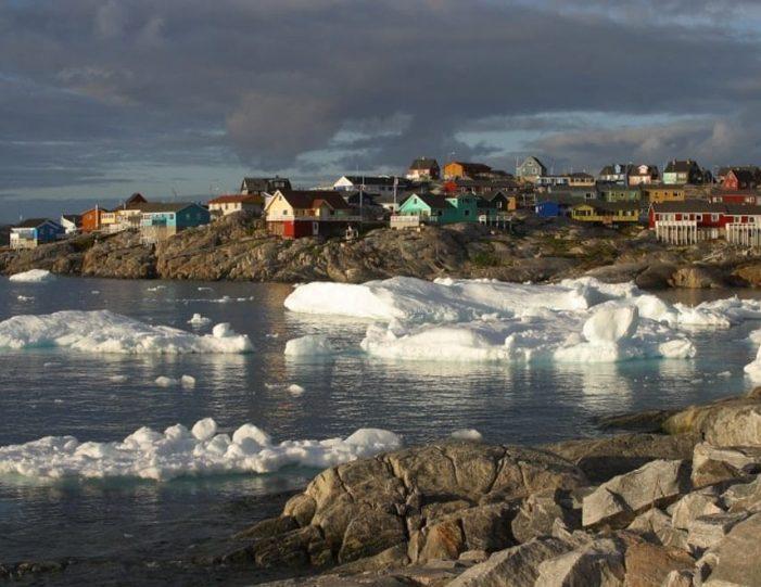 3-days-ilulissat-adventure-ilulissat-disko-bay-day-Guide to Greenland6