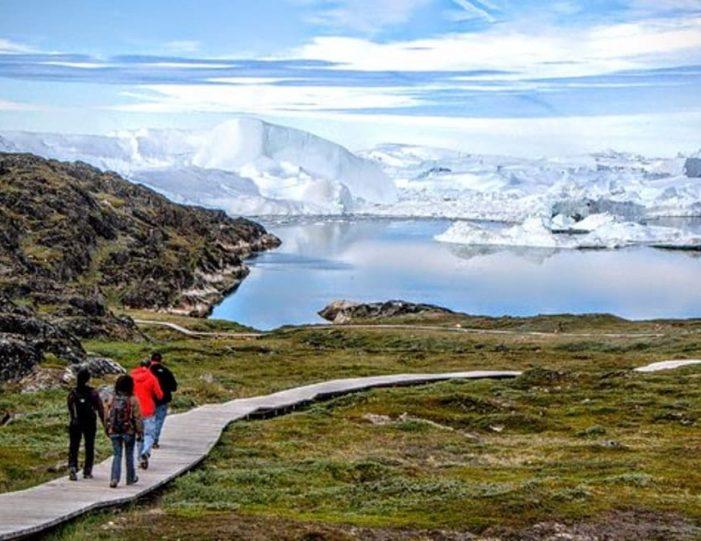 3-days-ilulissat-adventure-ilulissat-disko-bay-day-Guide to Greenland9