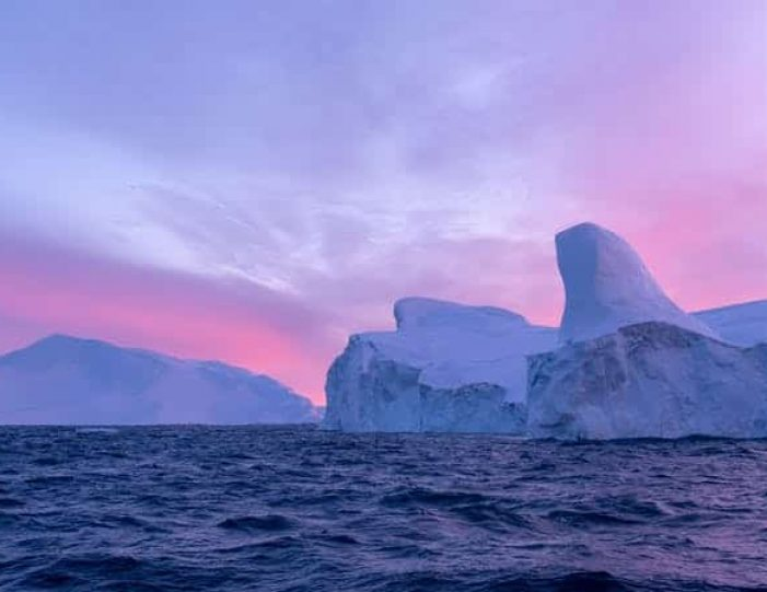 4-day-highlights-of-winter-ilulissat-disko-bay-Guide to Greenland4
