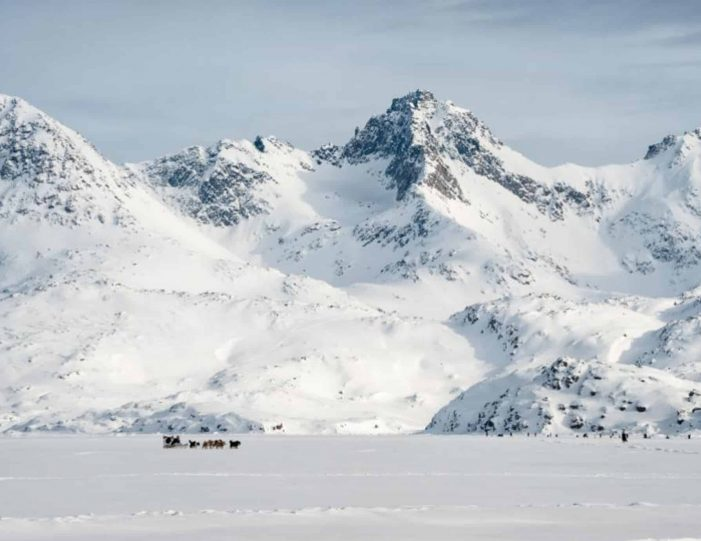 4-hour-dog-sledding-tour-kangerlussuaq-west-greenland - Guide to Greenland8