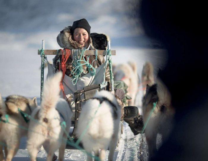 4-hour-dog-sledding-tour-kangerlussuaq-west-greenland - Guide to Greenland9