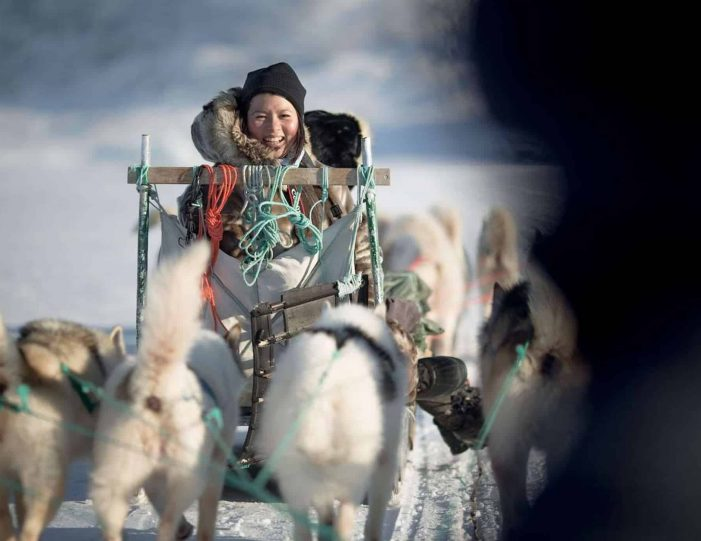 4-hour-dog-sledding-tour-kangerlussuaq-west-greenland - Guide to Greenland9