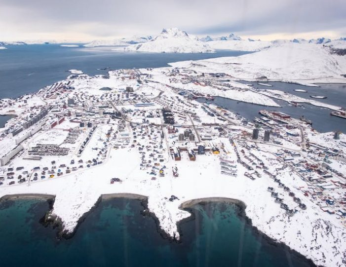 5-day-package-nuuk-in-the-winter-west-greenland-Guide to Greenland13