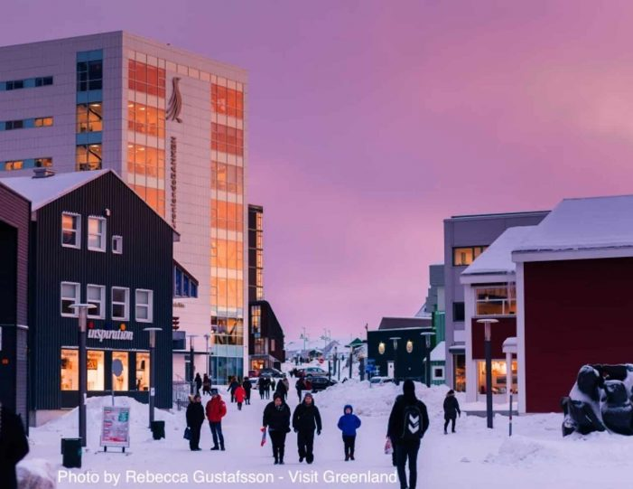 5-day-package-nuuk-in-the-winter-west-greenland-Guide to Greenland9
