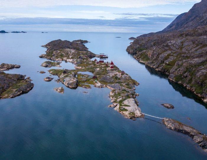 Assaqutaq Trail Transfer Sisimiut - Guide to Greenland1