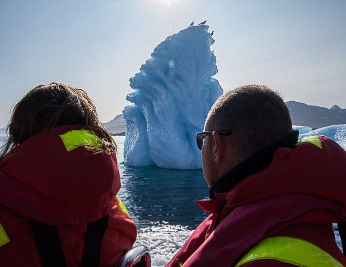 Boat charter | Open Boat | Qasigiannguit | Disko Bay-Guide to Greenland1