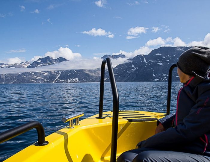Boat charter | Open Boat | Qasigiannguit | Disko Bay-Guide to Greenland5