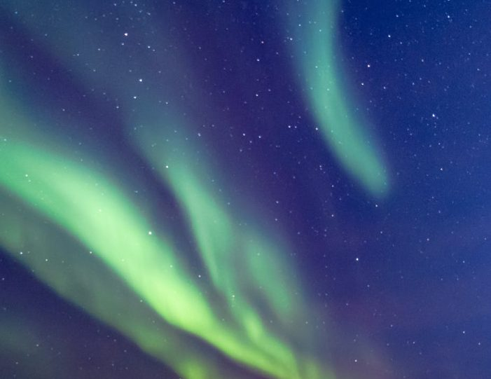 Chasing the Northern Lights | Ilulissat | Disko - Bay- Guide to Greenland9