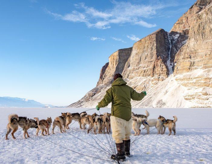 Dogsledding 2 hours Uummannaq North Greenland - Guide to Greenland1