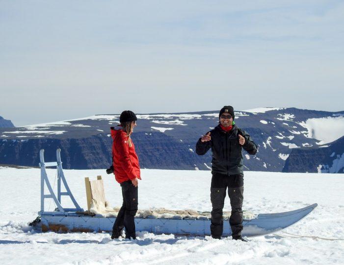 Dogsledding 2 hours Uummannaq North Greenland - Guide to Greenland11