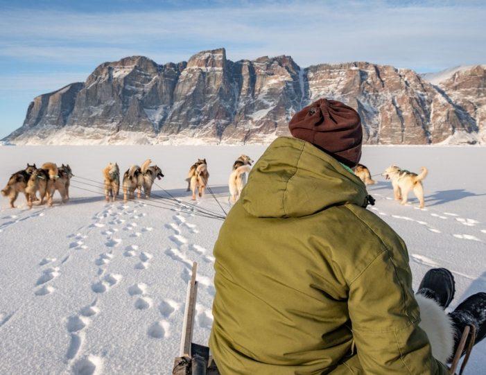 Dogsledding 2 hours Uummannaq North Greenland - Guide to Greenland5