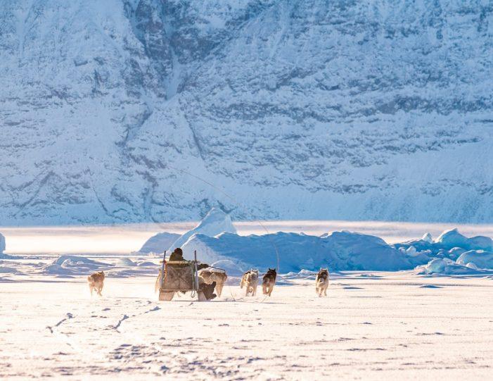 Dogsledding 4 hours Uummannaq North Greenland - Guide to Greenland1