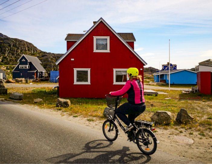 E-bike City Tour Sisimiut - Guide to Greenland2