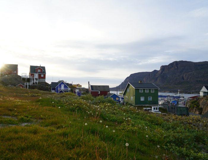 E-bike City Tour Sisimiut - Guide to Greenland3
