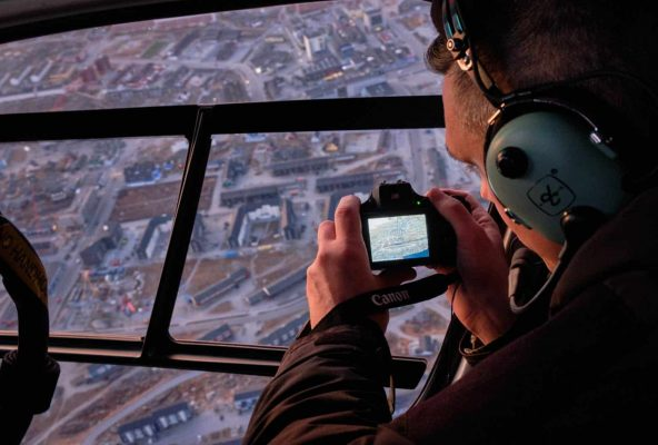 Helicopter-summit-flight-in-nuuk-guide-to-greenland-10