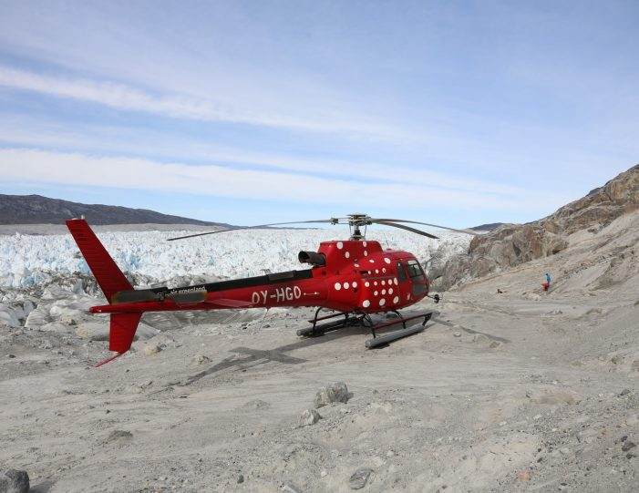 Helicopter tour to the icefjord | Private charter tour | Nuuk- Guide to Greenland10