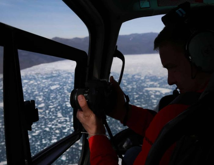 Helicopter tour to the icefjord | Private charter tour | Nuuk- Guide to Greenland3