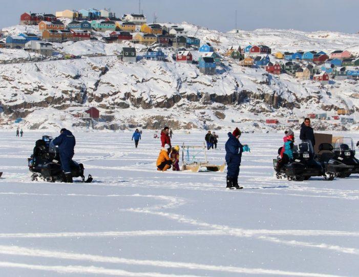 Ice fishing Uummannaq North Greenland - Guide to Greenland4