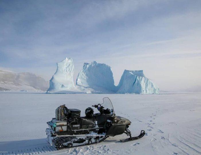 Ice fishing Uummannaq North Greenland - Guide to Greenland5
